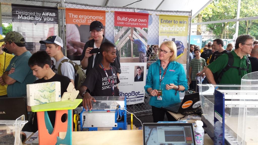 Leonardo's Basement hosts Minnesota's first Mini Maker Faire on May 30th